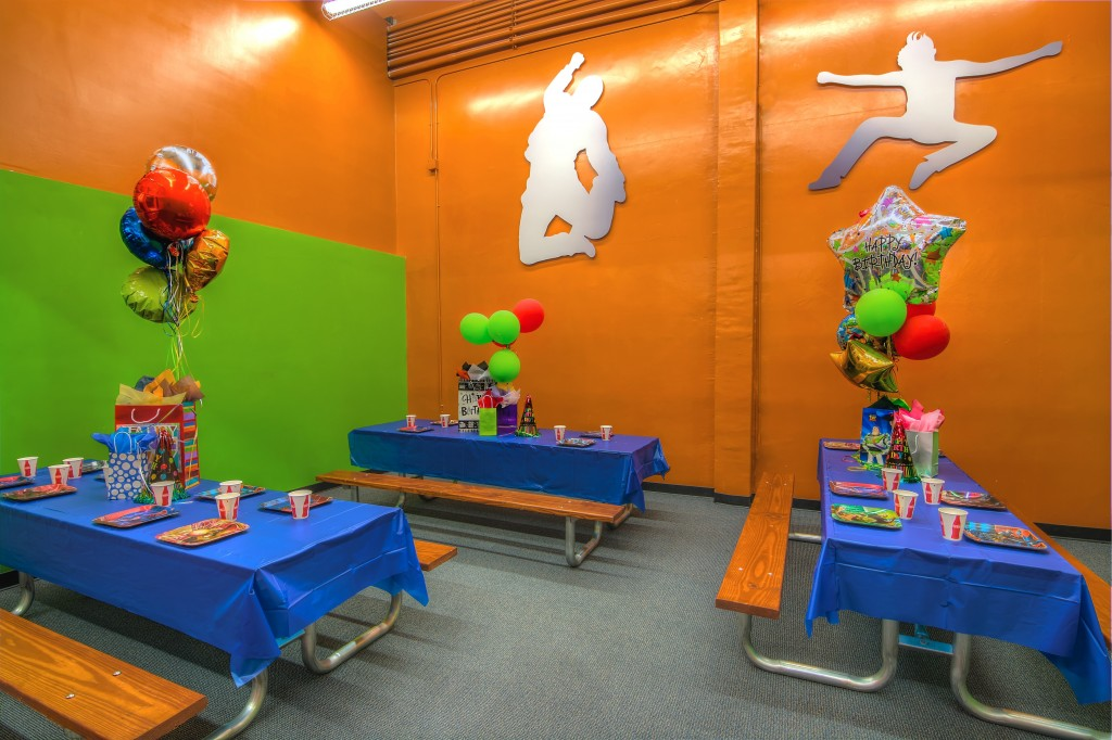 party room at trampoline park